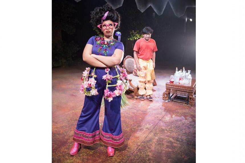 Norisham Osman (right) is the daydreamer Mat Jenin and Siti Maznah plays the witch Nenek Kebayan in the musical, Alkesah.