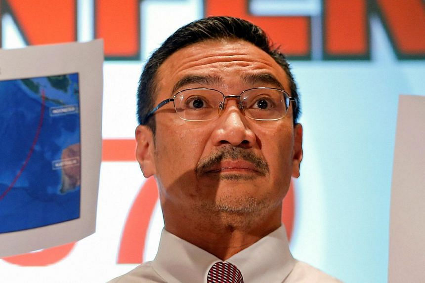 Former Umno minister Hishammuddin Hussein (pictured) said he was able to work under Prime Minister Mahathir Mohamad for 20 years and he never saw any issue.