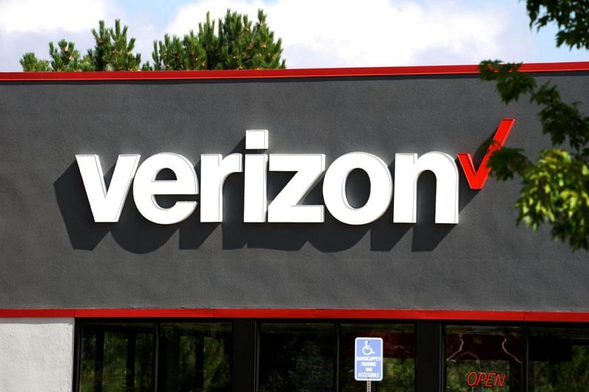 US telco Verizon rolled out its 5G services on April 3, a week ahead of schedule. Its customers with unlimited data plans in parts of Minneapolis and Chicago can now get speeds of up to 1 gigabit per second on a limited number of phones for an extra