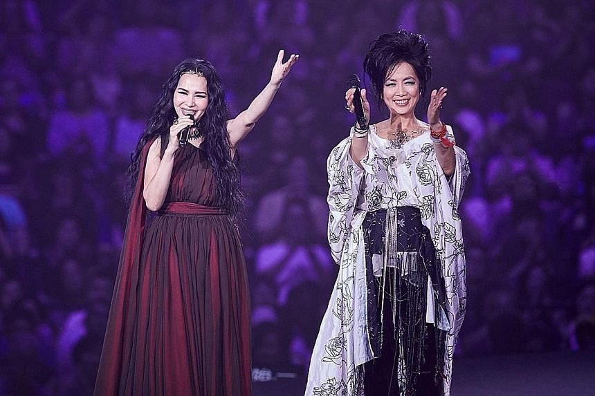 Chyi Yu (right) and Michelle Pan (left).