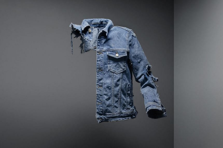 The warning uses replicas of torn clothing worn by people killed and injured in railway accidents.