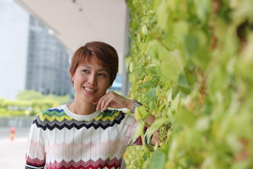 Veteran host and former Mediacorp artiste Lina Ng, 44, who is nominated for a Star Award in the Top Ten Most Popular Female Artist category - her first nod in 20 years.