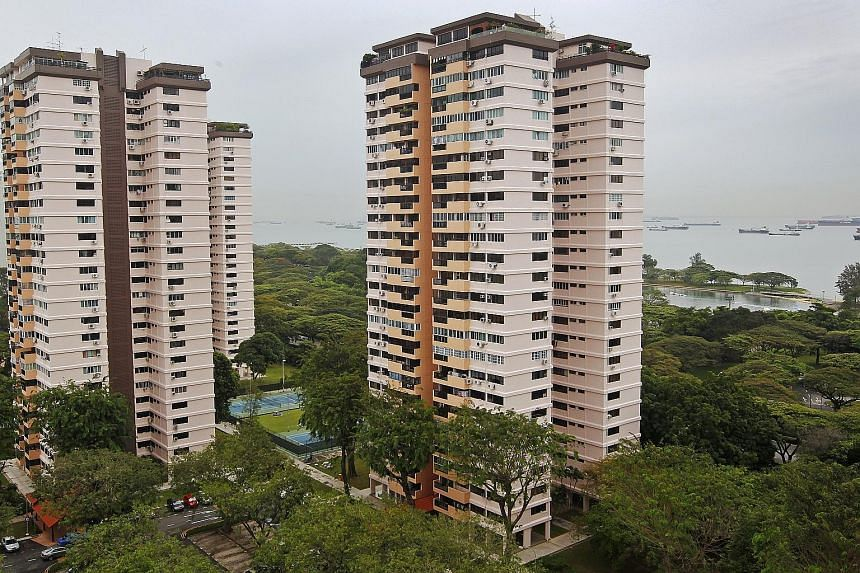 Laguna Park is up for collective sale again. The development, which is more than 40 years old, is possibly the only site launched for collective sale that offers both sea views and proximity to the upcoming Siglap MRT station, says Knight Frank Singa