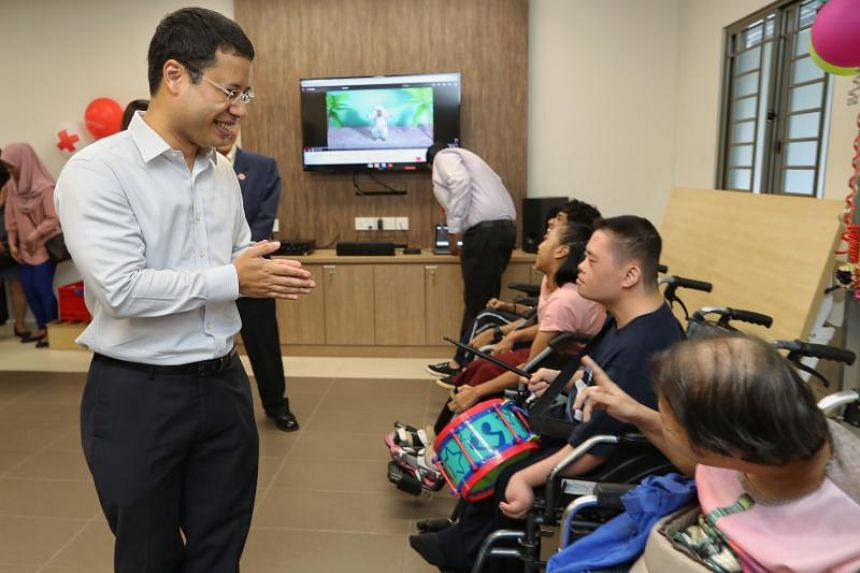 The new Day Activity Centre (DAC) in Jurong West was officially launched on Tuesday (April 9) in a ceremony officiated by Mr Desmond Lee, Minister for Social and Family Development and an MP for Jurong GRC.