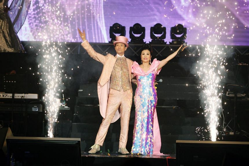 Adam Cheng and Liza Wang at their last concert in Singapore in 2016. They will perform here again on May 25, 2019.