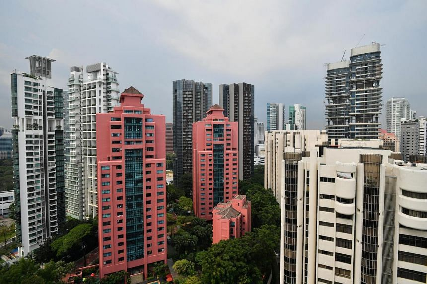 Resale prices of condominiums and private apartments edged up 0.1 per cent rise in March from the the previous month.