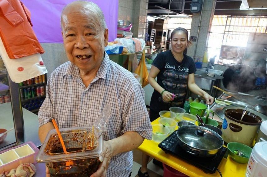 Mr Tang Siu Nam is said to have come to Singapore in 1978. He was a head chef and trainer with Chinese restaurant chain Crystal Jade for 17 years and was known for creating the brand's signature wonton noodles and chilli sauce.