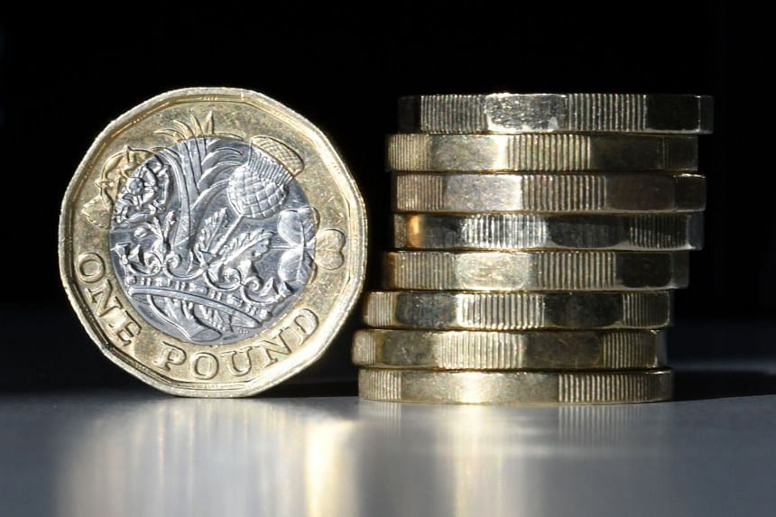 Sterling briefly rallies on hopes for Irish backstop breakthrough