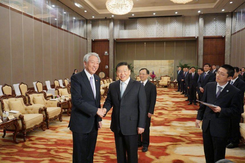 Deputy Prime Minister Teo Chee Hean calls on Jiangsu Party Secretary Lou Qinjian in Suzhou on April 12, 2019.