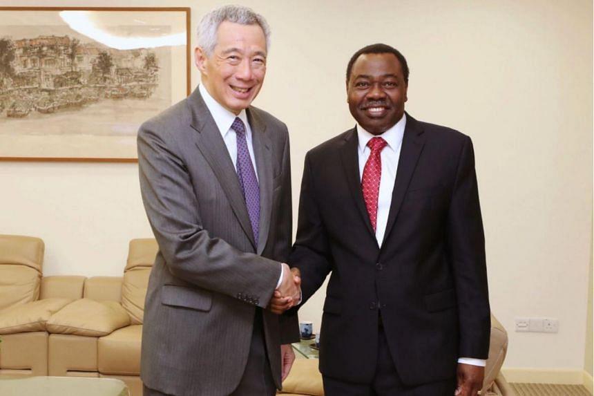 PM Lee Hsien Loong met ICAO's president, Dr Olumuyiwa Benard Aliu, on April 11, 2019.