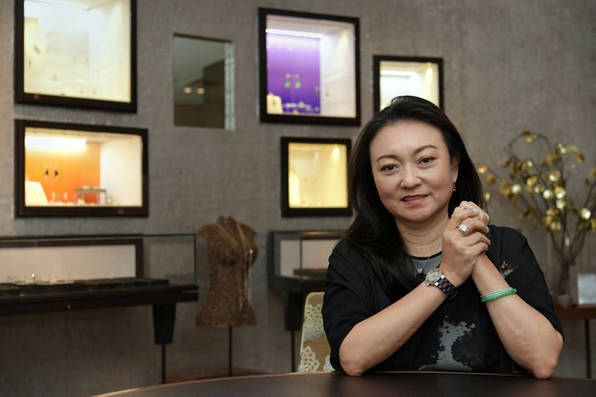 La Putri CEO Goh Shuet Li's investing strategy involves going for long-term trends or taking a quick gamble on very short-term ideas.
