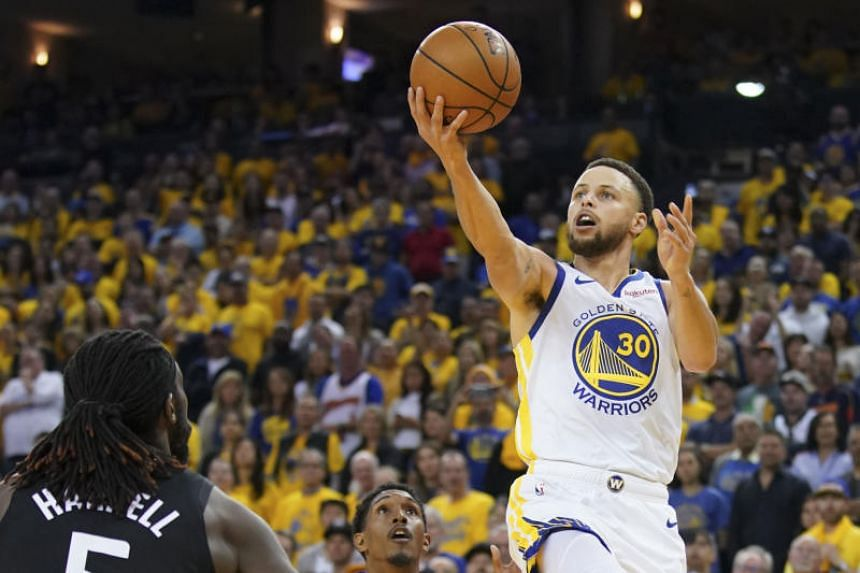 Stephen Curry complemented a game-high 38 points with a career playoff-high 15 rebounds in a historic performance as the Golden State Warriors overwhelmed the Los Angeles Clippers 121-104