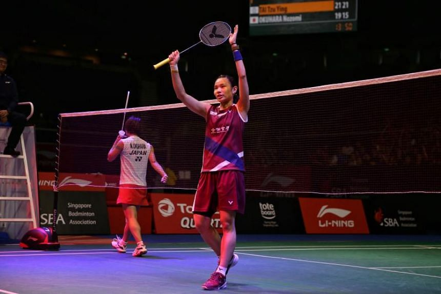 Tai Tzu-ying (right) triumphed 21-19, 21-15.