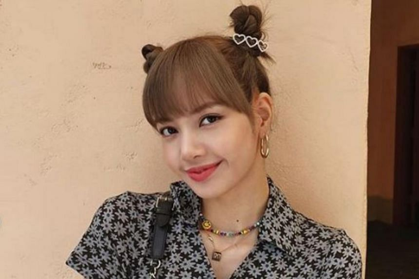 Blackpink singer Lisa has nudged out EXO's Chanyeol to become the most-followed K-pop idol on Instagram, taking only less than a year to be crowned after she set up her own account.