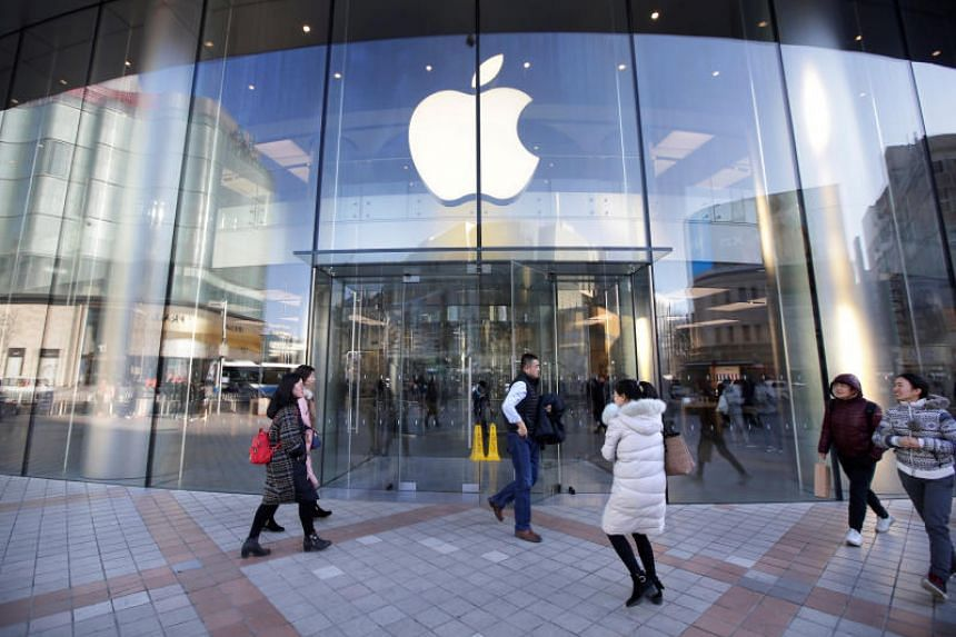 Apple alleges that Qualcomm's patent practices were an illegal move to maintain a monopoly on the market for premium modem chips that connect smart phones to wireless data networks.
