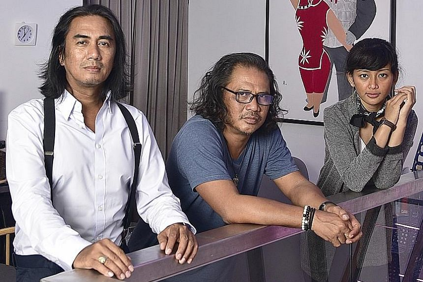 From left: Singer-songwriters Art Fazil and Rafaat Hamzah, and Indonesian actress Annisa Hertami.
