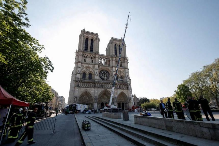 Unlike at sensitive sites in the US, the fire alarms in Notre-Dame did not notify fire dispatchers right away.