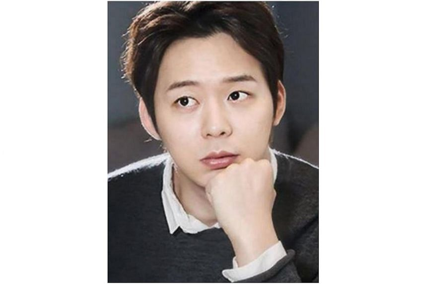 JYJ's Park Yoochun, who is under police investigation, has been banned from leaving South Korea.