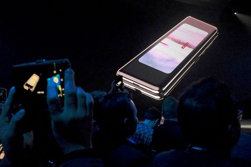 Samsung has been blighted by technology journalists reporting breaks, bulges and blinking screens after using their Galaxy Fold samples for as little as a day.