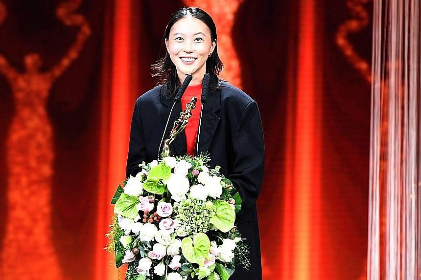 Leah Dou received the Best Supporting Actress Award at the Beijing International Film Festival for her big-screen debut in The Eleventh Chapter.