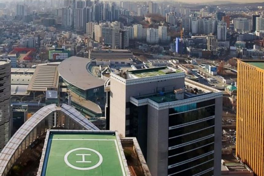 T Tower is located in the vicinity of a range of amenities and major hotels, and close to retail districts such as Myeong-dong and Namdaemun.