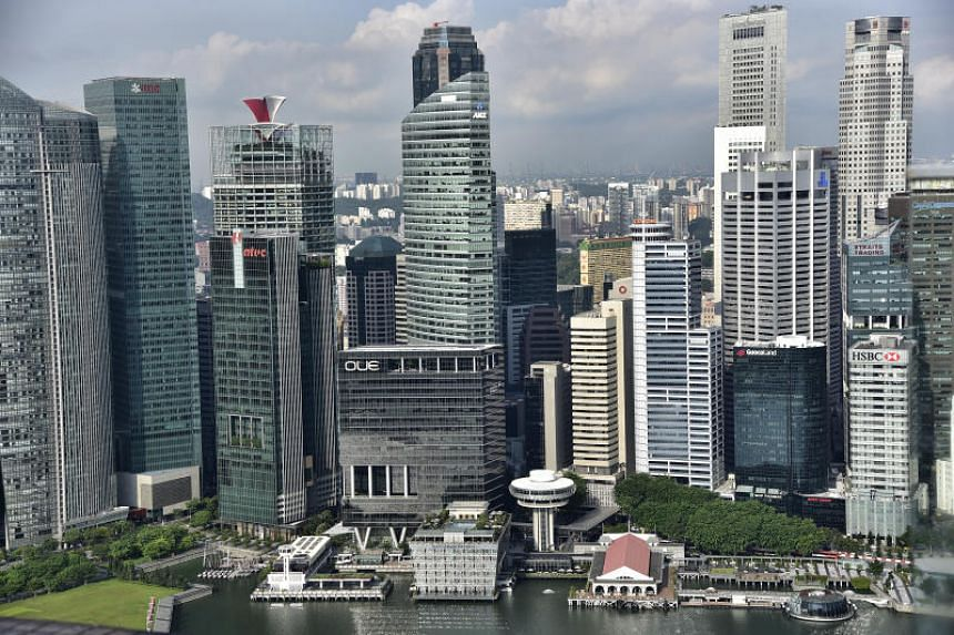 Singapore is encouraging major foreign-exchange players to build systems in the country that would remove the sub-second delay caused by routing trades via Tokyo or London.