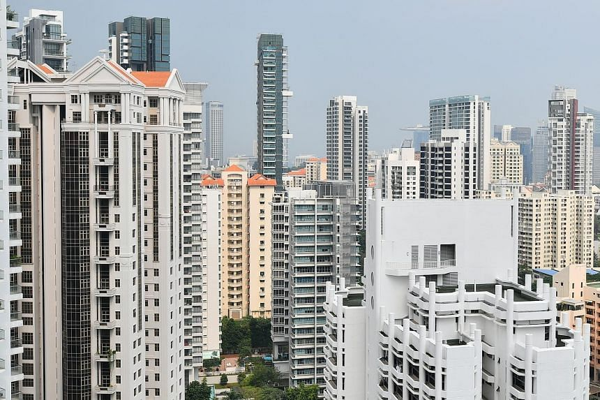 The drop in private home prices in the first quarter was due to a 1.1 per cent fall in the prices of condominiums and private apartments, which had edged up 0.5 per cent in the previous quarter. Prices of landed homes, in contrast, rose 1.1 per cent