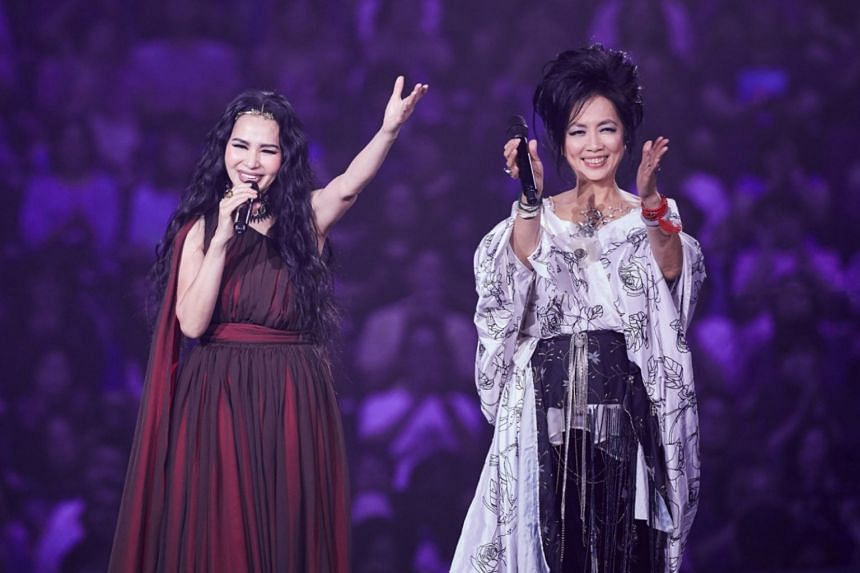 Taiwanese singers Michelle Pan (left) and Chyi Yu performing at the Taipei Arena in June 2018.