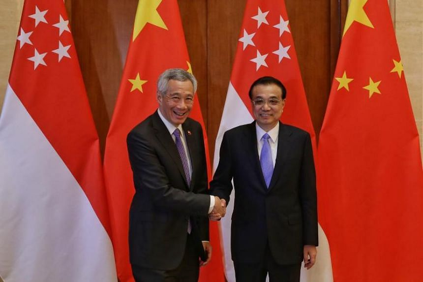 Singapore Prime Minister Lee Hsien Loong with Chinese Premier Li Keqiang at the Diaoyutai State Guesthouse on April 29, 2019.