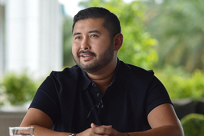 Malaysian Prime Minister Mahathir Mohamad (left) crossed swords with Johor's Crown Prince, Tunku Ismail Sultan Ibrahim, over remarks made by the royal in a recent video.