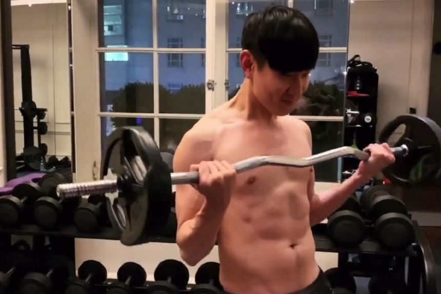 The one-minute clip of singer JJ Lin garnered 1.4 million views in three hours, with many fans complimenting him for his good physique.
