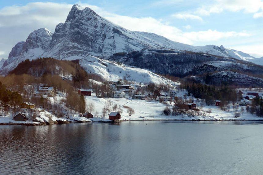 A coastal settlement along the Hurtigruten route.