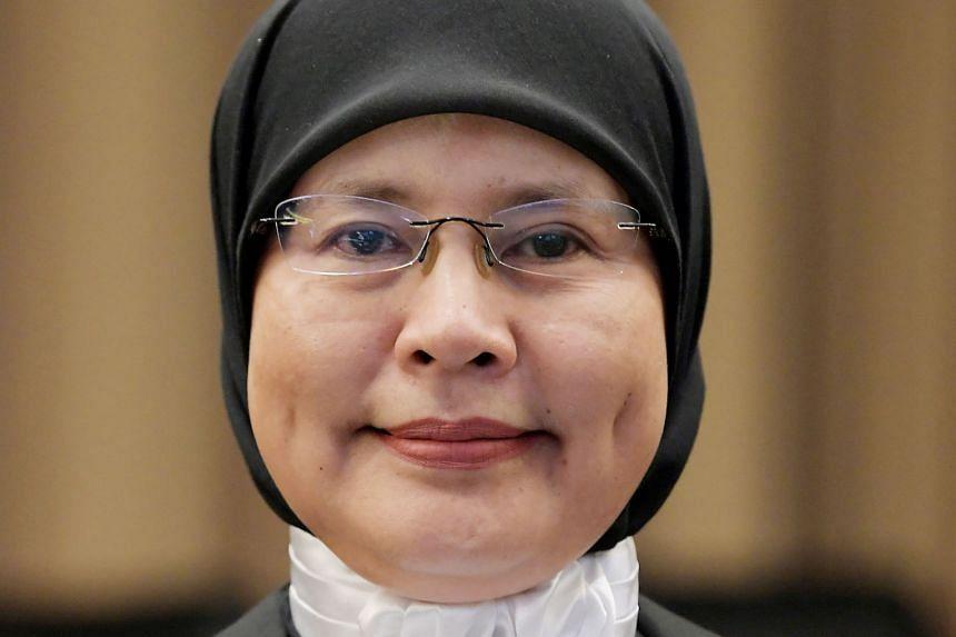 Datuk Tengku Maimun Tuan Mat started her judicial career as a judicial commissioner at the High Court in Kuala Lumpur on Oct 2, 2006.