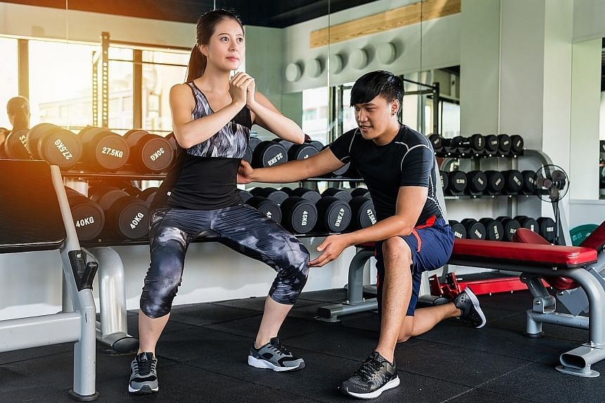 Avoid extremely wide or narrow stances when doing squats, according to a study last year.