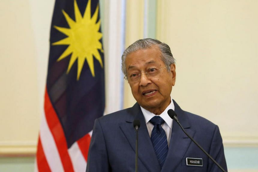 Malaysian Prime Minister Mahathir Mohamad said the civil servants needed to say no to corruption, be loyal to the current government and implement policies approved for the betterment of the people and the development of the country.