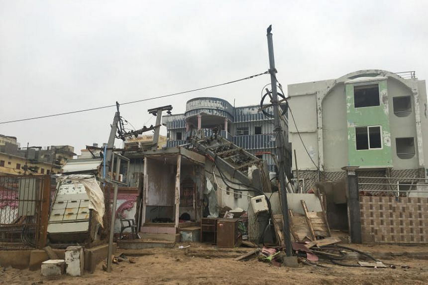 Cyclone Fani killed at least 34 people in India, destroying houses, ripping off roofs and knocking down electricity poles.