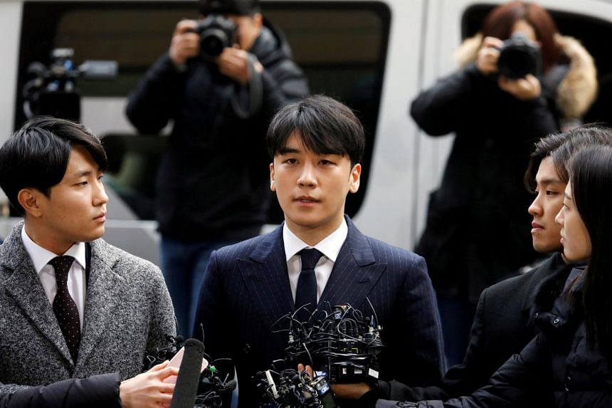 The Seoul Metropolitan Police Agency requested an arrest warrant for former BigBang singer Seungri over allegations that he procured prostitutes for potential investors in his businesses and misappropriated funds belonging to nightclub Burning Sun.