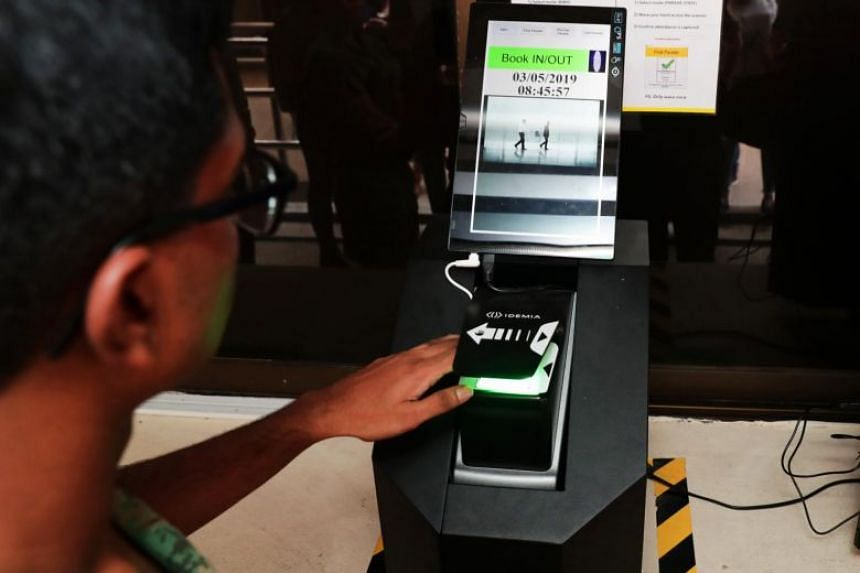 More army soldiers can soon use a fingerprint scanner to book into camp more quickly.