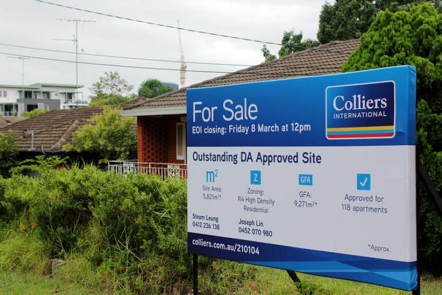 New advertisements for Sydney homes dropped 21.5 per cent in the three months to April from a year earlier on the Domain real-estate website.