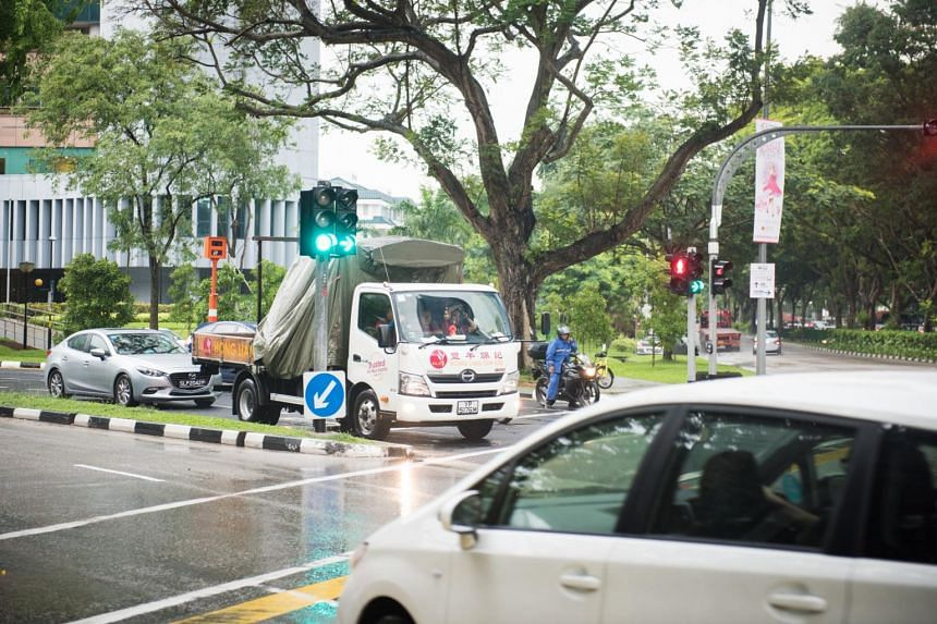 The Land Transport Authority has embarked on a programme to introduce red, amber and green arrows to control right turns at traffic light junctions.