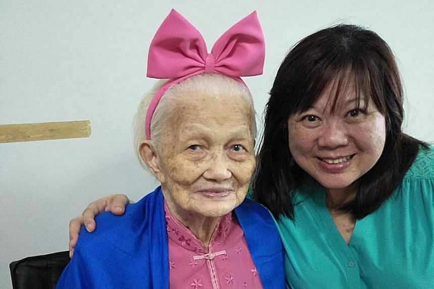 Weenie Wee and her mum, Madam Tow Hee Jee, in a photo taken last year.