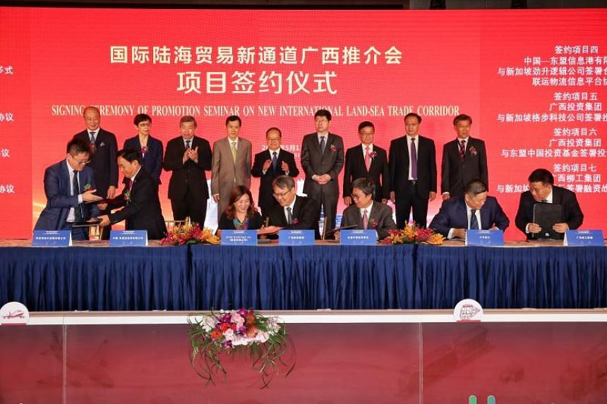 Seven agreements were signed to promote business projects and increase cooperation between companies here and in the region and organisations from Guangxi.