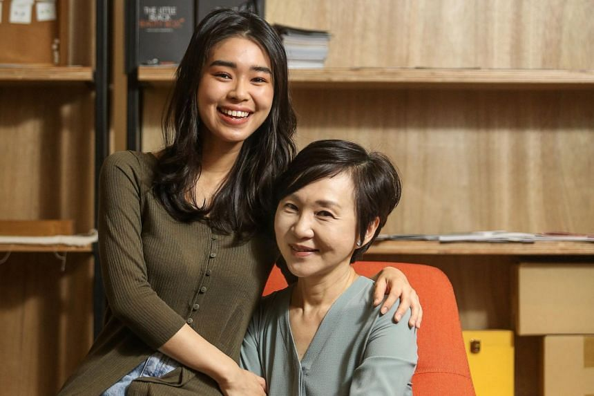 Ms Neo Jia Jing (left) with her mother, former Channel 8 compere Lucy Chow. Ms Neo took part in the Huayi Brothers Fashion Group Icon Search in 2018 and was one of the Singapore representatives who made it to the grand final in Shenzhen, China.
