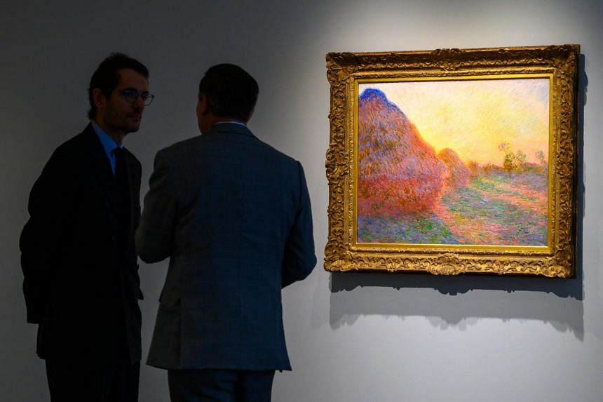 The piece, one of 25 in the Meules series, is among the most recognisable Monet paintings. It distinguishes itself by its vibrant paint palette, dramatic diagonal brushstrokes of varying directions that meet at the centre and a unique perspective.