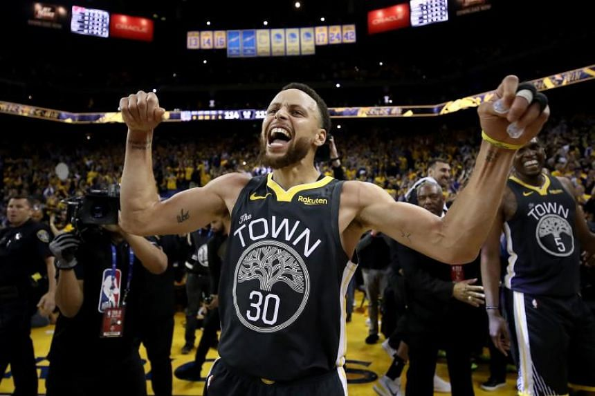 Golden State Warriors' Stephen Curry ended with 11-of-22 shooting, adding eight rebounds, eight assists and six turnovers.