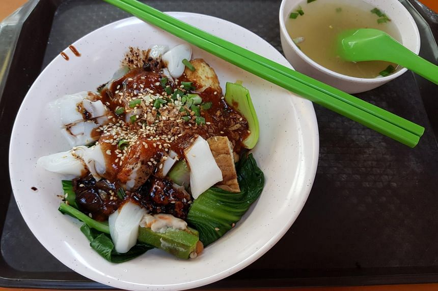 A bowl of five items with chee cheong fun costs $4, while five items with noodles cost $3.80. Every additional item costs 60 cents.