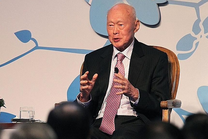 Harvard professor Graham Allison says that if China and the US were able to listen to Mr Lee Kuan Yew's advice, they would focus on what matters most: their domestic problems.