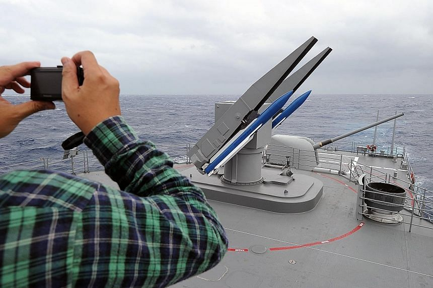 South Korea has asked to buy up to 94 SM-2 missiles used by ships against air threats, along with 12 guidance systems and technical assistance. PHOTO: AGENCE FRANCE-PRESSE