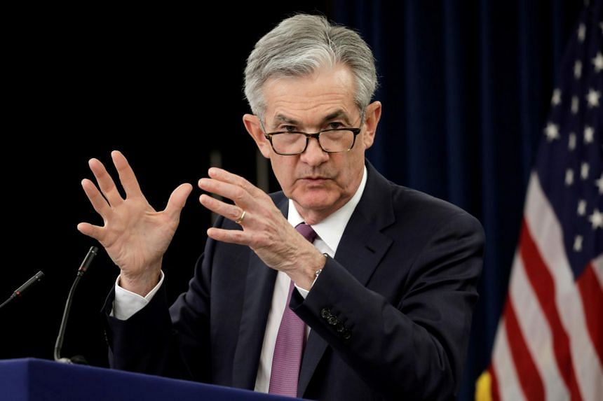US Federal Reserve Board Chairman Jerome Powell said that his country's business debt poses a moderate risk to the world's largest economy.