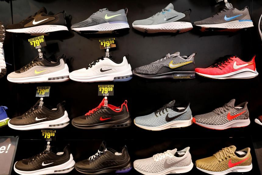 How Nike shoes are made : pics